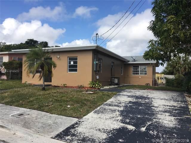 1132 W 34th St, Riviera Beach, FL 33404 (MLS #A10740472) :: Laurie Finkelstein Reader Team