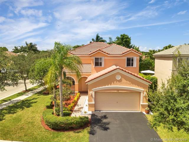 1120 Tupelo Way, Weston, FL 33327 (MLS #A10740796) :: Green Realty Properties