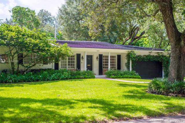 520 Tivoli Ave, Coral Gables, FL 33143 (MLS #A10742163) :: Laurie Finkelstein Reader Team