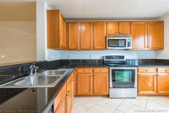 5929 London Ln #5929, Tamarac, FL 33321 (MLS #A10745006) :: Castelli Real Estate Services