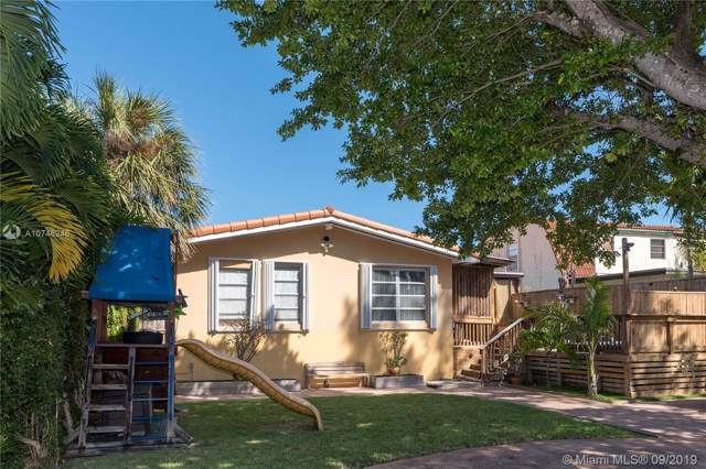 9248 Emerson Ave, Surfside, FL 33154 (MLS #A10746246) :: Green Realty Properties