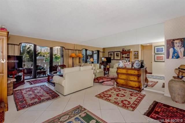 1121 Crandon F204, Key Biscayne, FL 33149 (MLS #A10746892) :: Grove Properties