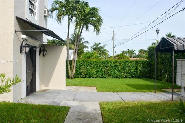 11520 NE 6th Ave, Biscayne Park, FL 33161 (MLS #A10747627) :: Lucido Global