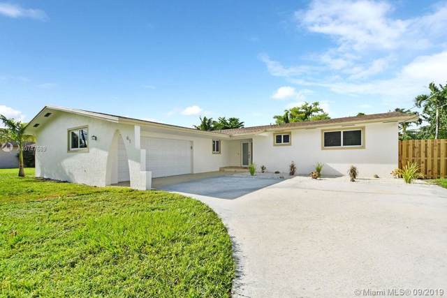 61 NE 161st St, Miami, FL 33162 (MLS #A10747689) :: Grove Properties