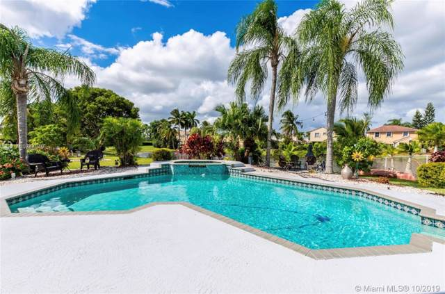 18551 NW 14th St, Pembroke Pines, FL 33029 (MLS #A10747949) :: RE/MAX Presidential Real Estate Group