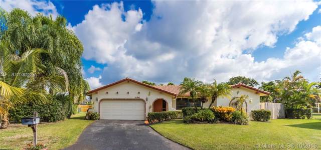 1098 NW 82nd Ter, Coral Springs, FL 33071 (MLS #A10748002) :: Berkshire Hathaway HomeServices EWM Realty