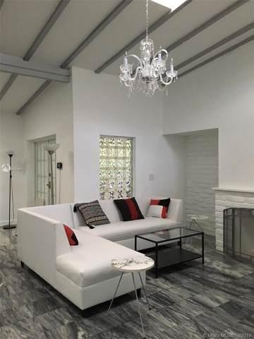 910 NE 81st St, Miami, FL 33138 (MLS #A10749272) :: Grove Properties