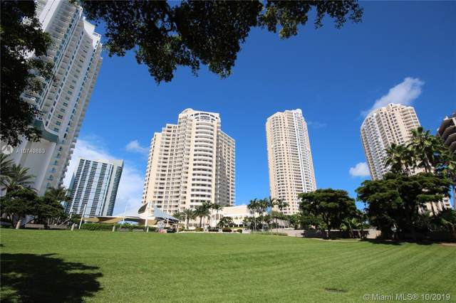 888 Brickell Key Dr #1400, Miami, FL 33131 (MLS #A10749883) :: Berkshire Hathaway HomeServices EWM Realty