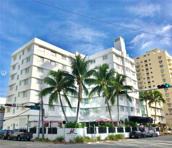 3010 Collins Ave, Miami Beach, FL 33140 (MLS #A10751414) :: The Jack Coden Group
