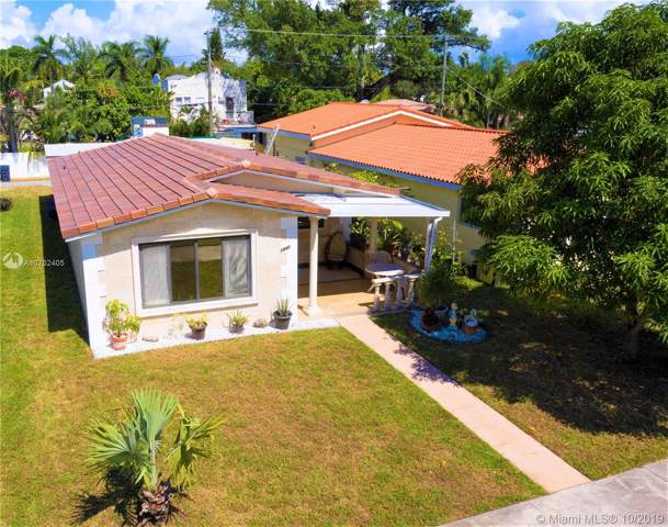 1541 Hollywood Blvd, Hollywood, FL 33020 (MLS #A10752405) :: Lucido Global