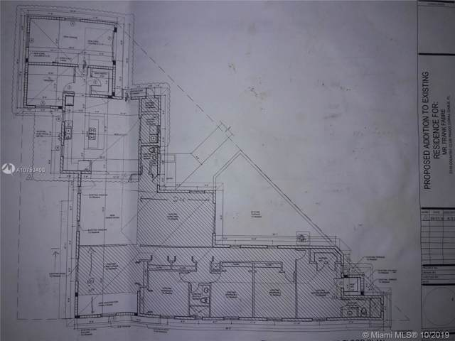 2310 Country Club Prado, Coral Gables, FL 33134 (MLS #A10753408) :: Berkshire Hathaway HomeServices EWM Realty