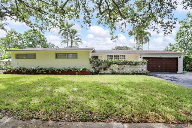 741 Beachwood Ln, Plantation, FL 33317 (MLS #A10754182) :: Patty Accorto Team