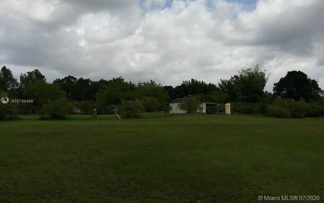 6500 SW 188th Ave, Southwest Ranches, FL 33332 (MLS #A10755406) :: The Teri Arbogast Team at Keller Williams Partners SW