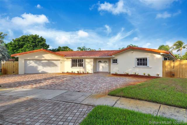 2320 NE 202nd St, Miami, FL 33180 (MLS #A10761743) :: RE/MAX Presidential Real Estate Group