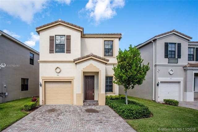 741 NE 191st St, Miami, FL 33179 (MLS #A10763163) :: RE/MAX Presidential Real Estate Group