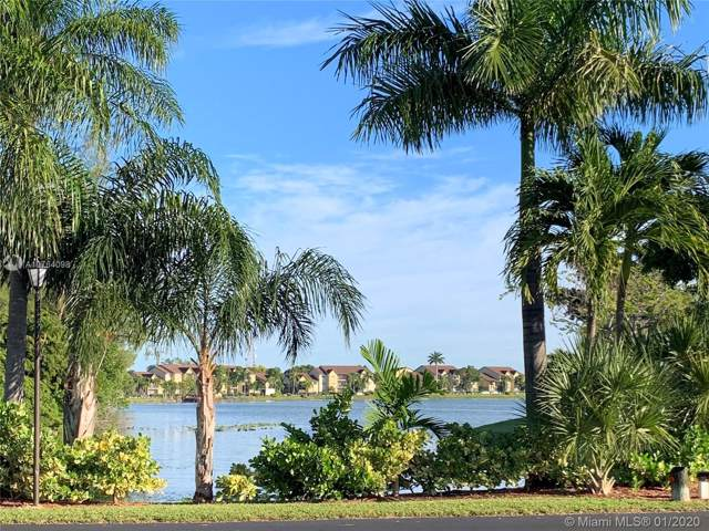 5540 Lakeside Dr #102, Margate, FL 33063 (MLS #A10764098) :: Berkshire Hathaway HomeServices EWM Realty