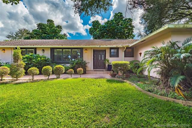 20510 SW 50th Pl, Southwest Ranches, FL 33332 (#A10766434) :: Real Estate Authority