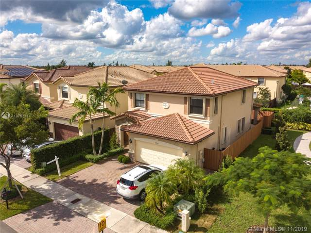 8800 NW 115th Ct, Doral, FL 33178 (MLS #A10767714) :: RE/MAX Presidential Real Estate Group