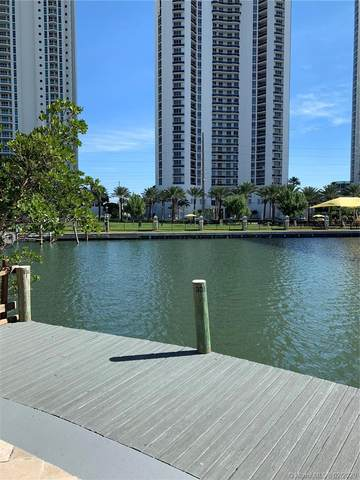 202 Poinciana Dr, Sunny Isles Beach, FL 33160 (MLS #A10767808) :: The Teri Arbogast Team at Keller Williams Partners SW
