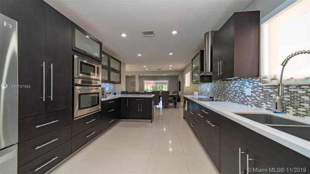2830 SW 114th Ave, Miami, FL 33165 (MLS #A10767892) :: Albert Garcia Team
