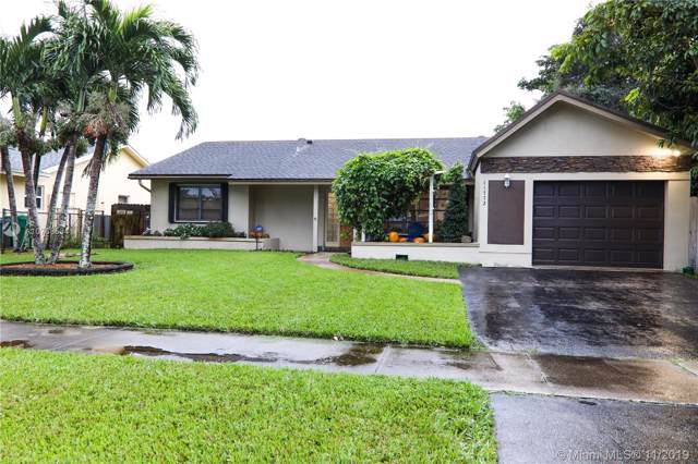 11772 SW 59th St, Cooper City, FL 33330 (#A10768534) :: Real Estate Authority