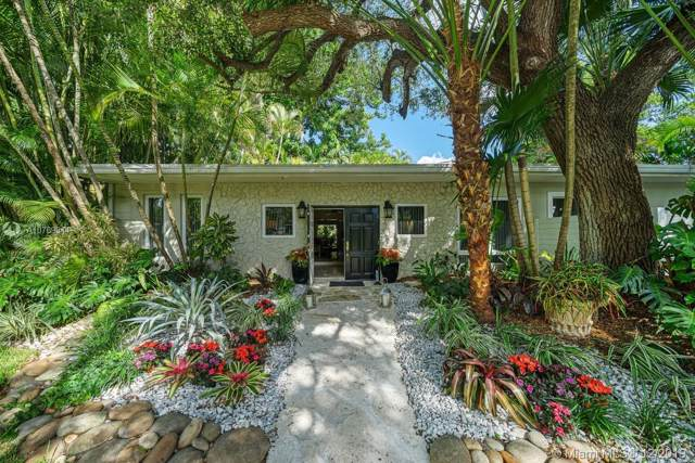 7935 SW 97th St, Miami, FL 33156 (MLS #A10769844) :: The Riley Smith Group
