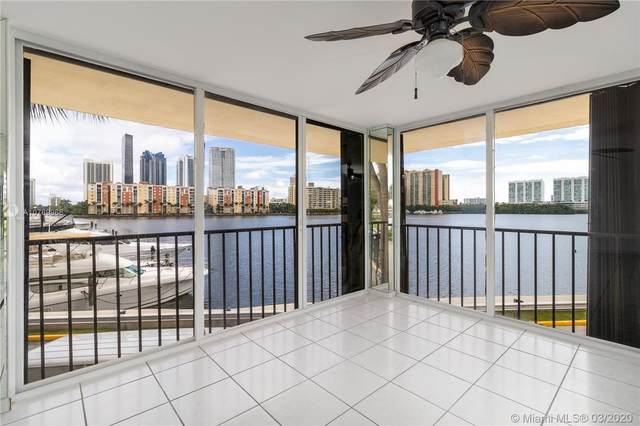 290 174th St M19, Sunny Isles Beach, FL 33160 (MLS #A10769966) :: Castelli Real Estate Services