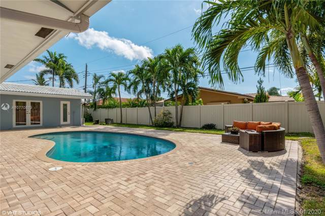 2112 NE 68th St, Fort Lauderdale, FL 33308 (MLS #A10770879) :: GK Realty Group LLC
