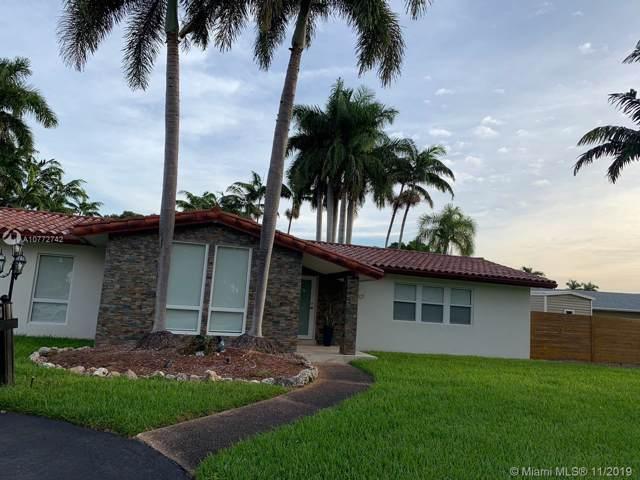 8821 SW 176th St, Palmetto Bay, FL 33157 (MLS #A10772742) :: Albert Garcia Team