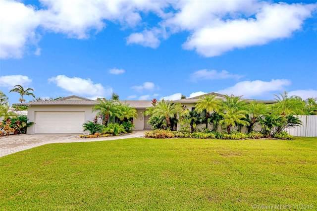 11805 SW 108th Ct, Miami, FL 33176 (MLS #A10773345) :: Grove Properties