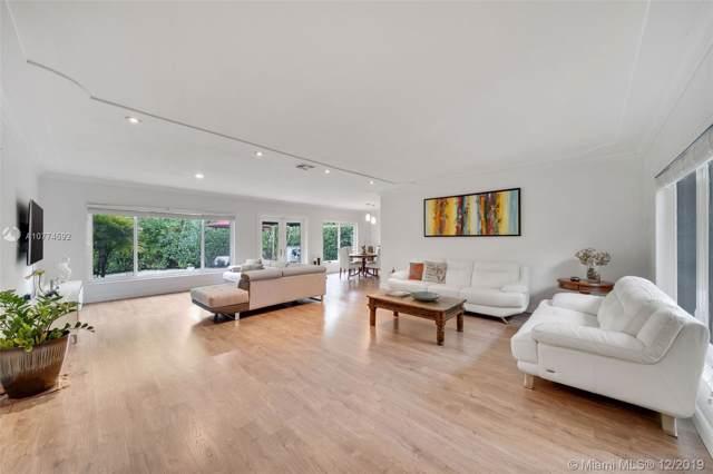 606 Alminar Ave, Coral Gables, FL 33146 (MLS #A10774592) :: Berkshire Hathaway HomeServices EWM Realty