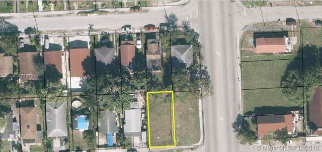 1711 NW 68th Ter, Miami, FL 33147 (MLS #A10778794) :: The Jack Coden Group