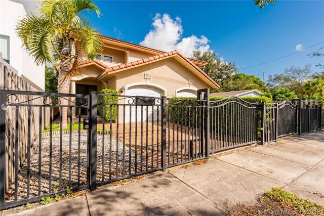 3367 Day Ave, Miami, FL 33133 (MLS #A10778854) :: THE BANNON GROUP at RE/MAX CONSULTANTS REALTY I