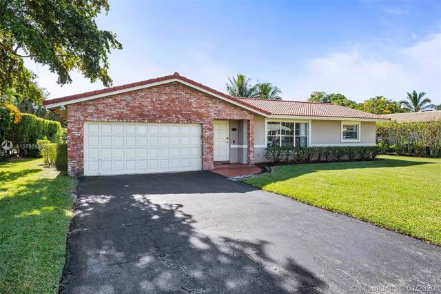 9886 NW 16th St, Coral Springs, FL 33071 (MLS #A10780926) :: Green Realty Properties