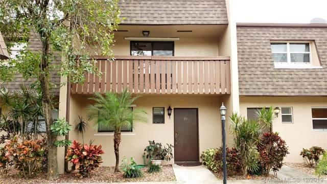 2520 Van Buren St #10, Hollywood, FL 33020 (MLS #A10781290) :: Grove Properties