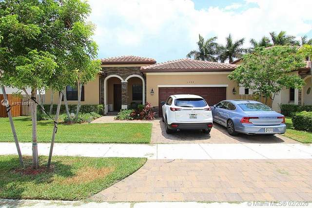 3484 SE 3rd St, Homestead, FL 33033 (MLS #A10785611) :: Prestige Realty Group