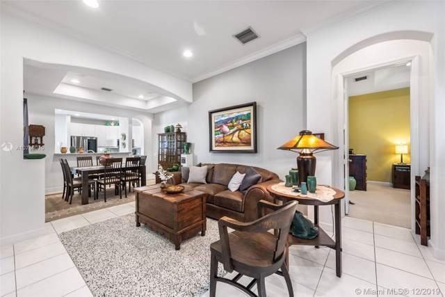 1362 W Harbor Vw W, Hollywood, FL 33019 (MLS #A10786010) :: Green Realty Properties