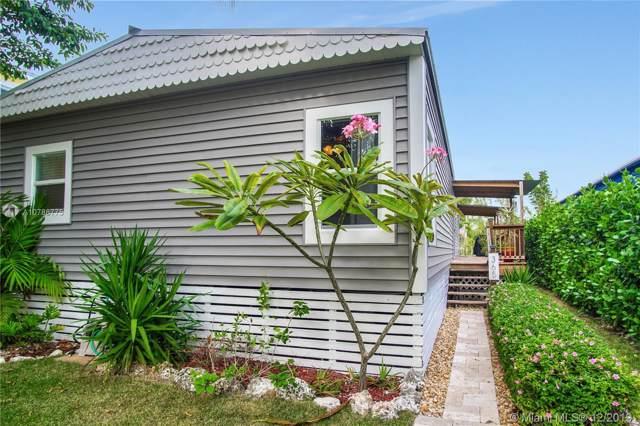365 Crane St, Key Largo, FL 33037 (MLS #A10786775) :: Laurie Finkelstein Reader Team