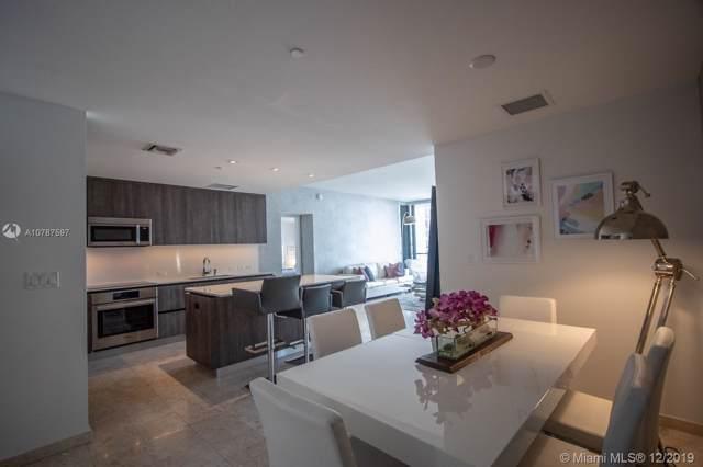 68 SE 6th St #3207, Miami, FL 33131 (MLS #A10787597) :: Castelli Real Estate Services