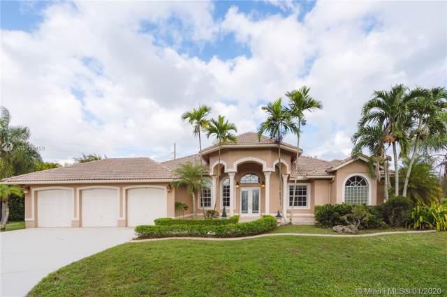 2100 SW 131st Ter, Davie, FL 33325 (MLS #A10788159) :: Castelli Real Estate Services