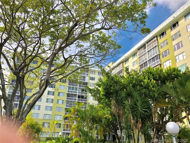 4400 Hillcrest Dr 309A, Hollywood, FL 33021 (MLS #A10792178) :: Ray De Leon with One Sotheby's International Realty