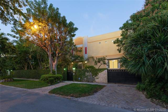 3051 Calusa St, Miami, FL 33133 (MLS #A10792381) :: The Erice Group