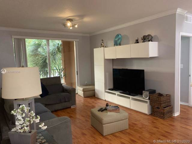 6841 SW 44th St #211, Miami, FL 33155 (MLS #A10803298) :: The Howland Group