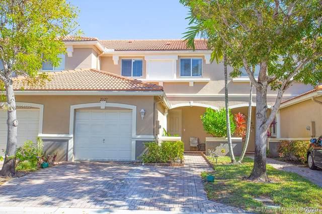 2327 Center Stone Ln #2327, Riviera Beach, FL 33404 (MLS #A10804820) :: Carole Smith Real Estate Team