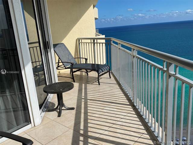 17375 Collins Ave #2705, Sunny Isles Beach, FL 33160 (MLS #A10804952) :: The Teri Arbogast Team at Keller Williams Partners SW