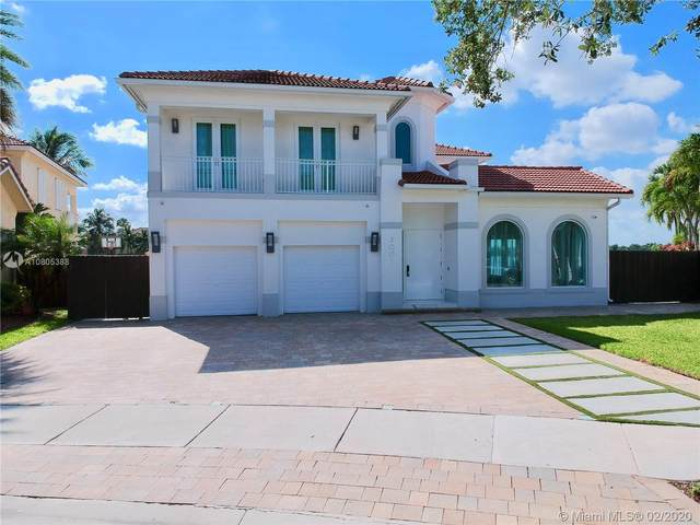 7001 NW 113th Ct, Doral, FL 33178 (MLS #A10805388) :: Berkshire Hathaway HomeServices EWM Realty