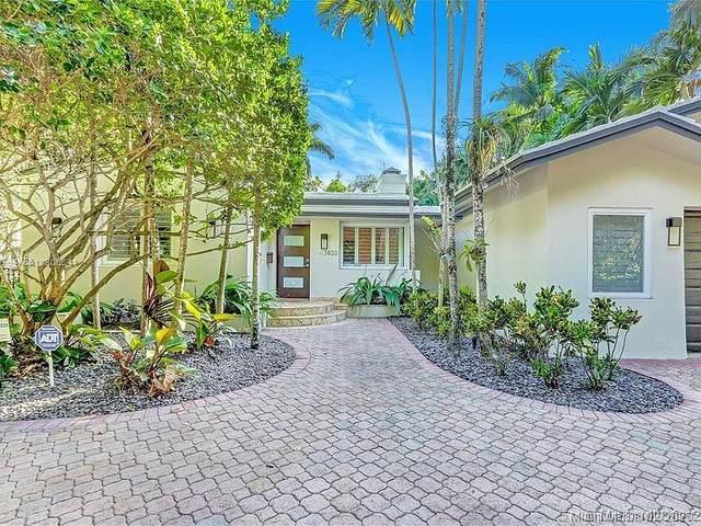 3820 El Prado Blvd, Coconut Grove, FL 33133 (MLS #A10805541) :: Albert Garcia Team
