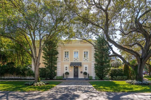 1030 Hardee Rd, Coral Gables, FL 33146 (MLS #A10808352) :: Carole Smith Real Estate Team