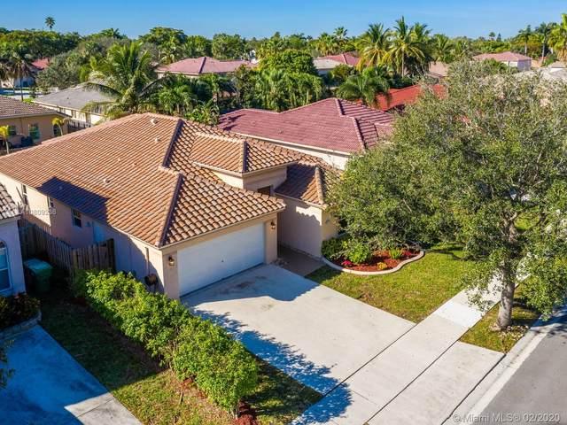 13742 N Garden Cove Circle, Davie, FL 33325 (MLS #A10809236) :: Grove Properties