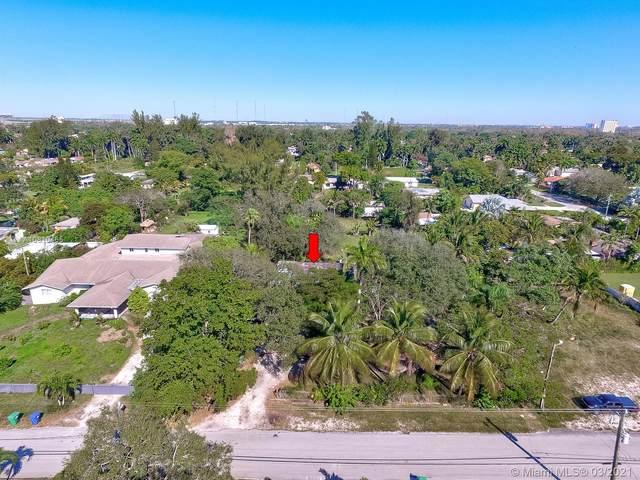 151 NE 154TH STREET, Miami, FL 33162 (MLS #A10810465) :: The Teri Arbogast Team at Keller Williams Partners SW